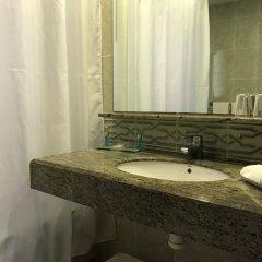 Отель Miramar Испания, Льорет-де-Мар - 2 отзыва об отеле, цены и фото номеров - забронировать отель Miramar онлайн ванная