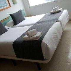 Отель ApartHotel Voramar Испания, Кала-эн-Форкат - отзывы, цены и фото номеров - забронировать отель ApartHotel Voramar онлайн комната для гостей фото 4