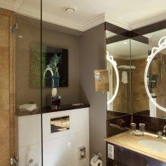 Renaissance Paris Hotel Le Parc Trocadero ванная фото 2