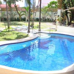Vacation Hotel Cebu бассейн