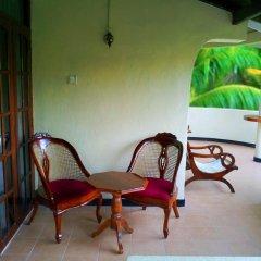 Отель Tony Guest House Шри-Ланка, Берувела - отзывы, цены и фото номеров - забронировать отель Tony Guest House онлайн балкон