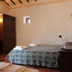 Отель Valle Rosa Country House Сполето удобства в номере
