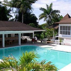 Отель The Gardenia Resort бассейн фото 2