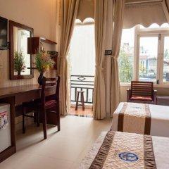 Отель Ngo Homestay Хойан удобства в номере