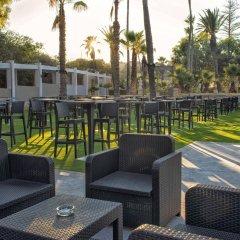 Отель Beach Garden Сан Джулианс гостиничный бар