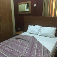 Отель Grand Riviera Suites Энугу комната для гостей фото 5