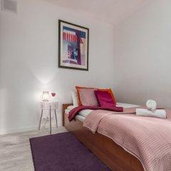 Отель Little Home - Henry Польша, Варшава - отзывы, цены и фото номеров - забронировать отель Little Home - Henry онлайн комната для гостей фото 3