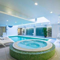 Wellton Centrum Hotel & Spa бассейн