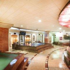 Prima Hotel бассейн