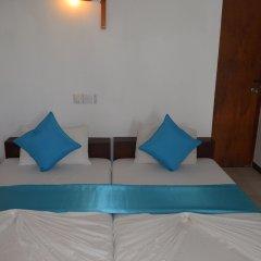 Отель Star Holiday Resort Хиккадува комната для гостей фото 5