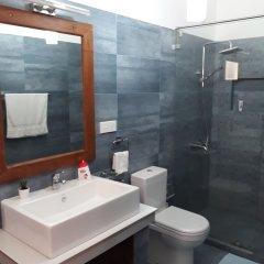 Отель Villa Razi Шри-Ланка, Галле - отзывы, цены и фото номеров - забронировать отель Villa Razi онлайн ванная фото 2