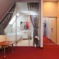 Гостиница Мини Отель на Арбате в Челябинске 1 отзыв об отеле, цены и фото номеров - забронировать гостиницу Мини Отель на Арбате онлайн Челябинск комната для гостей фото 5