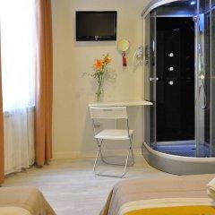Хостел Far Home Plaza Mayor ванная