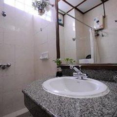 Отель Royal Asia Lodge Hotel Bangkok Таиланд, Бангкок - 2 отзыва об отеле, цены и фото номеров - забронировать отель Royal Asia Lodge Hotel Bangkok онлайн ванная фото 2