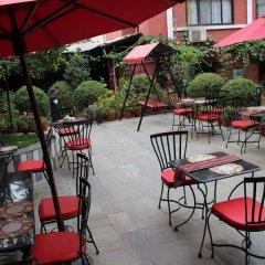 Отель Encounter Nepal Непал, Катманду - отзывы, цены и фото номеров - забронировать отель Encounter Nepal онлайн бассейн фото 3