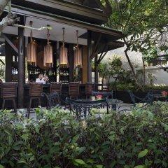 Отель Manathai Surin Phuket гостиничный бар