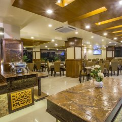 Отель Yatri Suites and Spa, Kathmandu Непал, Катманду - отзывы, цены и фото номеров - забронировать отель Yatri Suites and Spa, Kathmandu онлайн питание фото 2