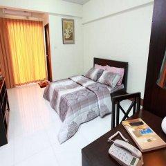 Отель Rattanasook Residence удобства в номере