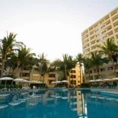 Ocean Breeze Hotel Mazatlan Масатлан бассейн