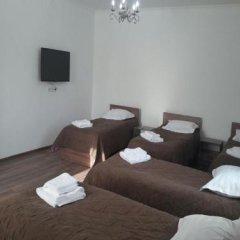 Отель Sweet House Guest house Кыргызстан, Каракол - отзывы, цены и фото номеров - забронировать отель Sweet House Guest house онлайн комната для гостей фото 3