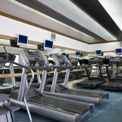 Royal Orchid Sheraton Hotel & Towers фитнесс-зал фото 4