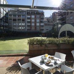 Отель Catalonia Barcelona Golf бассейн