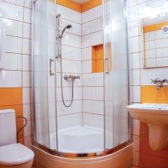 Отель Miodowy Косцелиско ванная