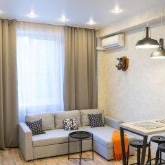 Апартаменты More Apartments na Tsvetochnoy 30 (3) Сочи комната для гостей фото 3