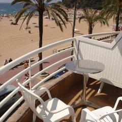 Отель SALAMAR Испания, Льорет-де-Мар - отзывы, цены и фото номеров - забронировать отель SALAMAR онлайн балкон