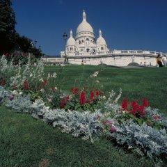 Отель Mercure Montmartre Sacre Coeur Париж приотельная территория