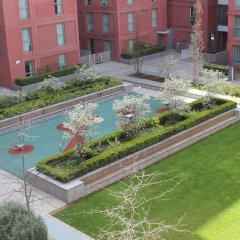 Апартаменты Stratford Luxury Apartment развлечения