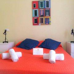Отель Barcelona City Ramblas (Pensión Canaletas) Испания, Барселона - 1 отзыв об отеле, цены и фото номеров - забронировать отель Barcelona City Ramblas (Pensión Canaletas) онлайн комната для гостей фото 2