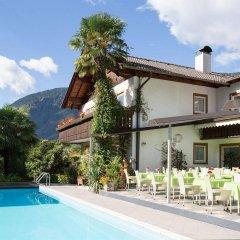 Отель Gruberhof Италия, Меран - отзывы, цены и фото номеров - забронировать отель Gruberhof онлайн бассейн