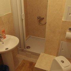 Гостиница Меблированные комнаты Русские на Зубовском в Москве - забронировать гостиницу Меблированные комнаты Русские на Зубовском, цены и фото номеров Москва ванная