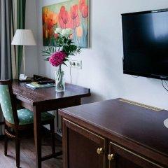Отель Friesachers Aniferhof Аниф в номере
