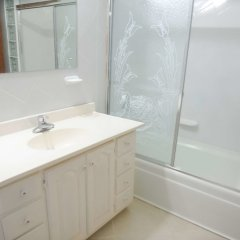 Отель Eagles Nest Ямайка, Монтего-Бей - отзывы, цены и фото номеров - забронировать отель Eagles Nest онлайн ванная