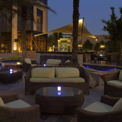 Le Meridien Dubai Hotel & Conference Centre гостиничный бар