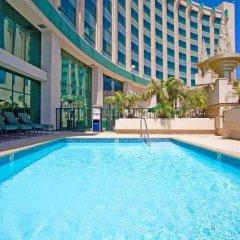 Отель Crowne Plaza Los Angeles-Commerce Casino бассейн фото 3