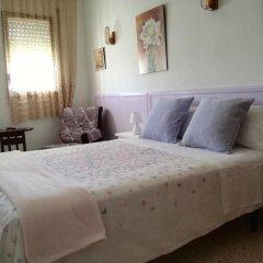 Отель Hostal Los Pinares Испания, Льорет-де-Мар - отзывы, цены и фото номеров - забронировать отель Hostal Los Pinares онлайн комната для гостей фото 4