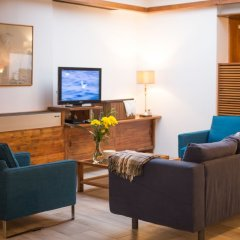 Отель Alcides Португалия, Понта-Делгада - отзывы, цены и фото номеров - забронировать отель Alcides онлайн интерьер отеля фото 3