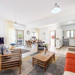Отель Sunrise Bay Villa #2 Кипр, Протарас - отзывы, цены и фото номеров - забронировать отель Sunrise Bay Villa #2 онлайн комната для гостей фото 5