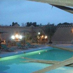 Отель Les Portes Du Desert Марокко, Мерзуга - отзывы, цены и фото номеров - забронировать отель Les Portes Du Desert онлайн бассейн фото 2