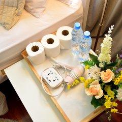 Отель Lost and Found Bed and Breakfast удобства в номере