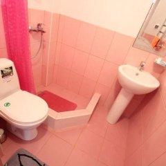 Гостиница Гостевой дом Империя в Сочи отзывы, цены и фото номеров - забронировать гостиницу Гостевой дом Империя онлайн ванная фото 2