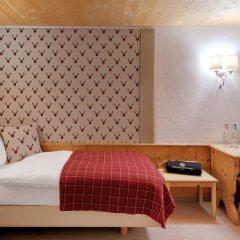 Отель Morosani Posthotel Davos Швейцария, Давос - отзывы, цены и фото номеров - забронировать отель Morosani Posthotel Davos онлайн комната для гостей фото 5