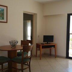 Отель Panareti Paphos Resort в номере