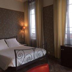 Отель Hôtel Les Chansonniers Франция, Париж - отзывы, цены и фото номеров - забронировать отель Hôtel Les Chansonniers онлайн комната для гостей фото 3