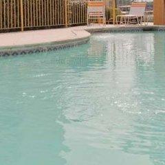 Отель La Quinta Inn & Suites Meridian бассейн фото 3