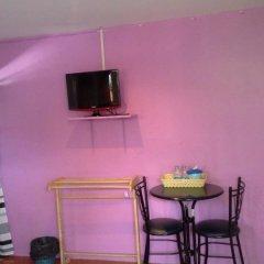 Eden Hostel комната для гостей