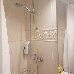 Отель Madeleine Budget Rooms Grand Place Брюссель ванная